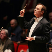 Can politicians learn something from a conductor?